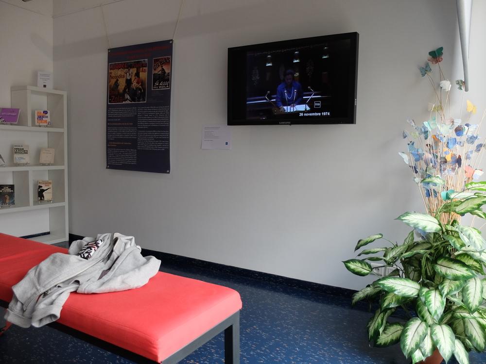 J ai visit l expo l avortement quelle histoire reve 86 - Reve ment muur woonkamer ...
