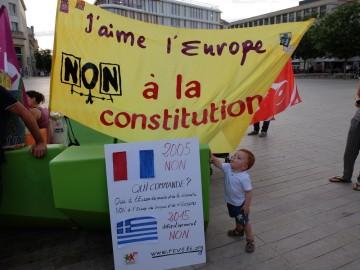 Non à 61,5 % à l'Europe des banques et des millionnaires