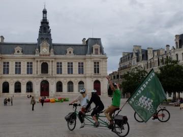 Photos et vidéos du Tour Alternatiba Gençay - Ligugé - Poitiers