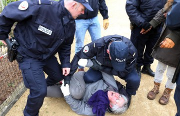 Arrêt immédiat des poursuites judiciaires contre Katia Livipoï!