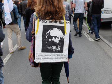 Nuit debout Poitiers et les militants politiques. Discorde avec le NPA86.