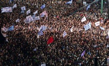 13 octobre. Le début à Poitiers d'une action soutenue de solidarité avec le peuple grec