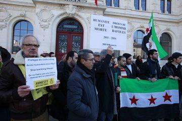 Premier Mai, Poitiers. Prise de parole du collectif Palestine de Poitiers.