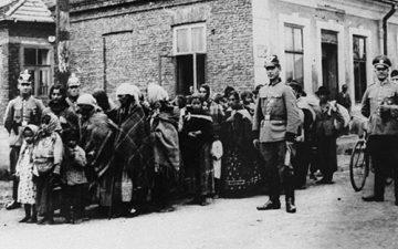 L'Europe des passages et l'histoire des communautés tsiganes en mouvement, des années 1860 aux années 1930 @ Espace Mendès France | Poitiers | Nouvelle-Aquitaine | France