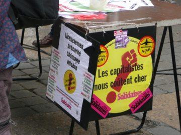 2 tracts en défense des 9 inculpé.e.s de Poitiers. Mise en perspective.