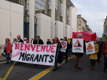 Montrez qu'une autre Europe est possible, accueillant les personnes migrantes avec dignité !