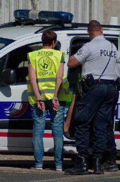 Poitiers: soyons debout plus que jamais