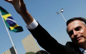 Un cauchemar éveillé au Brésil: la montée au pouvoir d'un fasciste et de ses soutiens capitalistes, militaires et policiers.