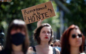 Rassemblement contre les nominations de la honte @ Devant l'hôtel de ville